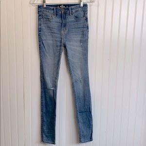 Hollister high rise distressed super skinny jean